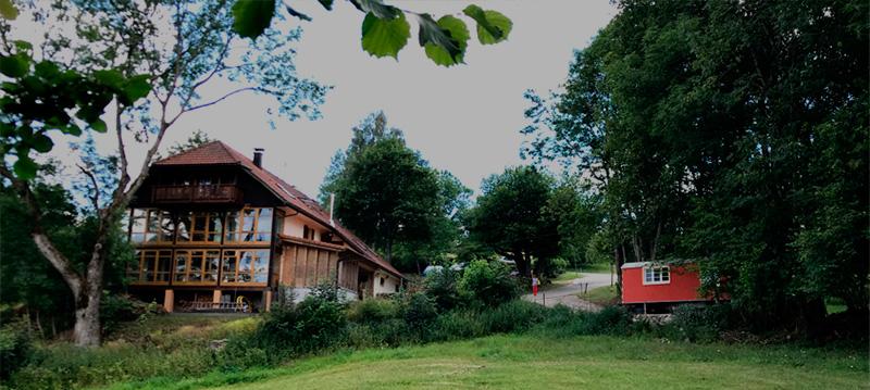 Ferienhaus und Bauwageb